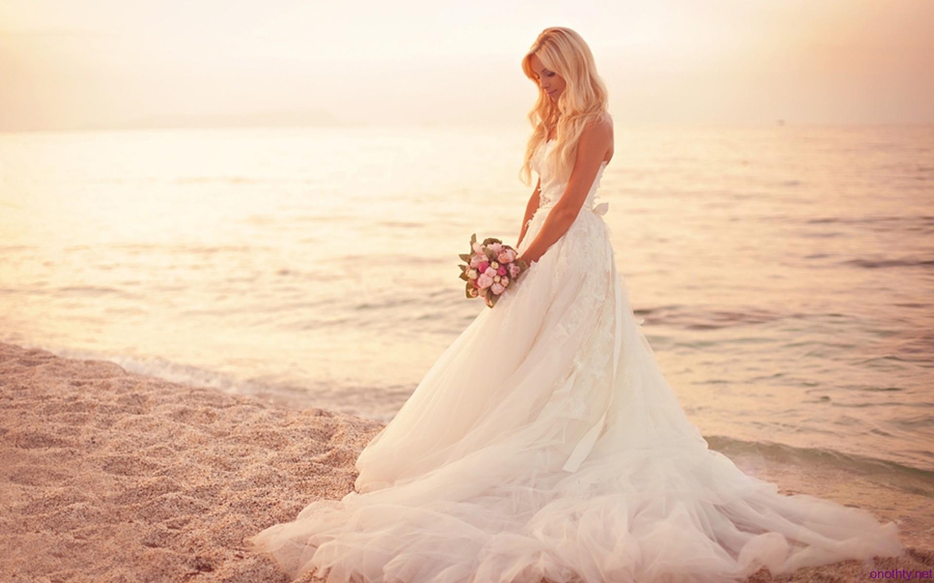 Beste Brautkleid Optionen Zeitgenössisch - Brautkleider Ideen ...